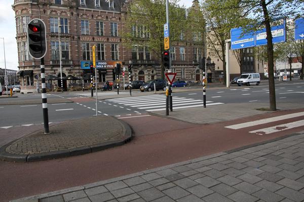 wide sidewalk