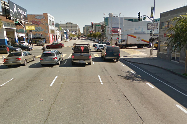Bike lane on the right on Folsom St. Image courtesy of Google Maps.