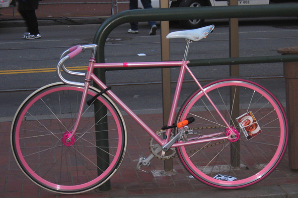 Awesome looking pink fixie