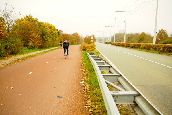 This Arnhem's cycle track is as wide as BRT road.  You can have 4 riding abreast.