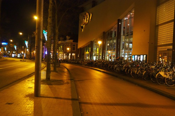 Another wide cycle track inside the city center of Groningen.